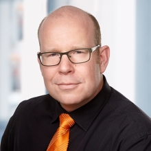 Dr. Florian Schiefer